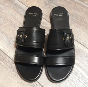 Cole Haan Amavia Black Leather Flat Sandals NWOT